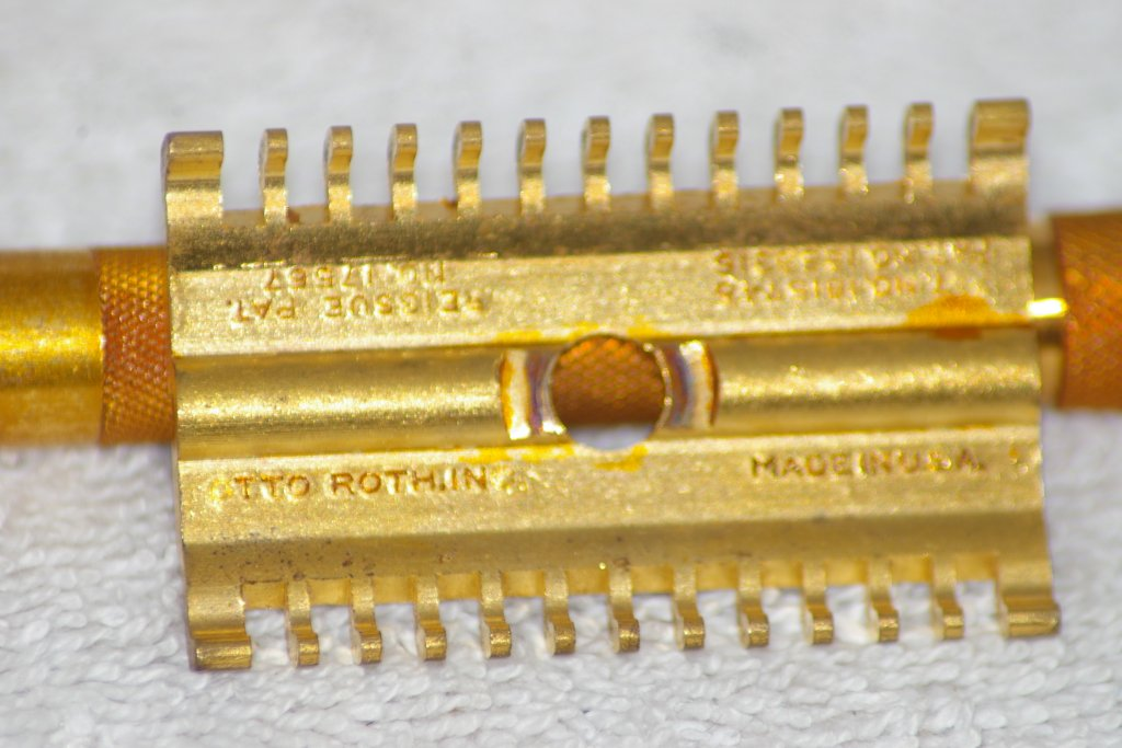 "Gillette, Otto Roth, Long Comb, ""New"", about 1930"