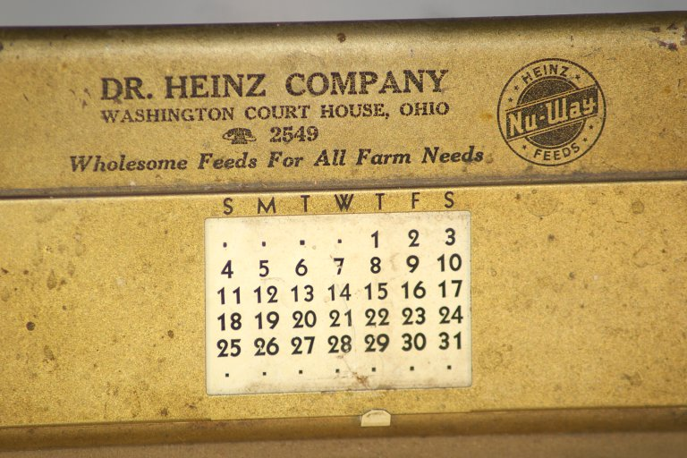 Dr Heinz Feeds Advertising Clipboard and Perpetual Calendar 1950