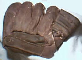 D&M Baseball Glove, circa 1950