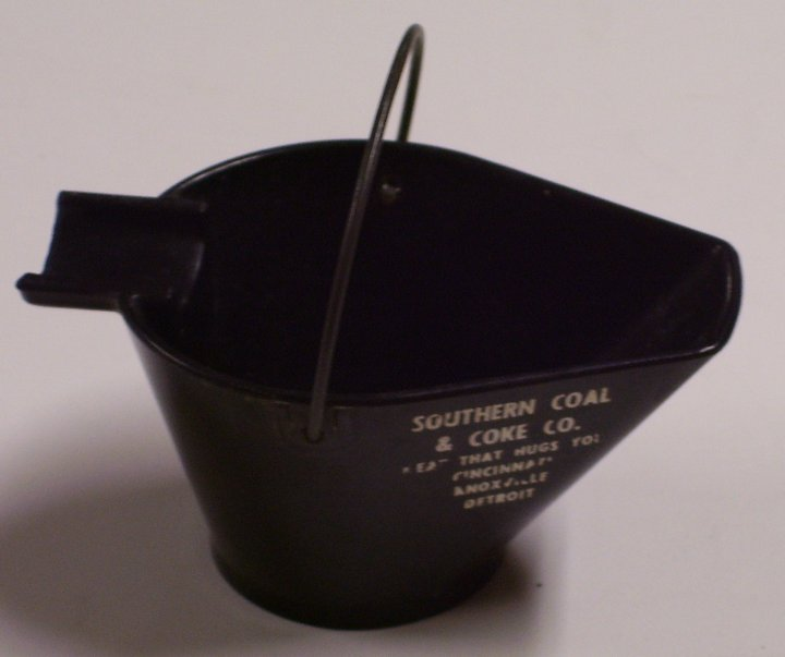 Bakelite Coal Bucket Ashtray, Southern Coal and Coke, about 1937