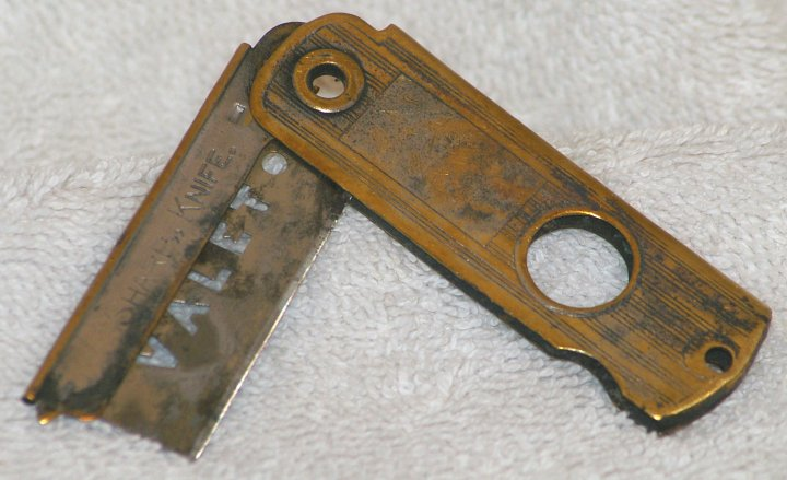 Valet Auto Strop Razor Knife from the 1930s