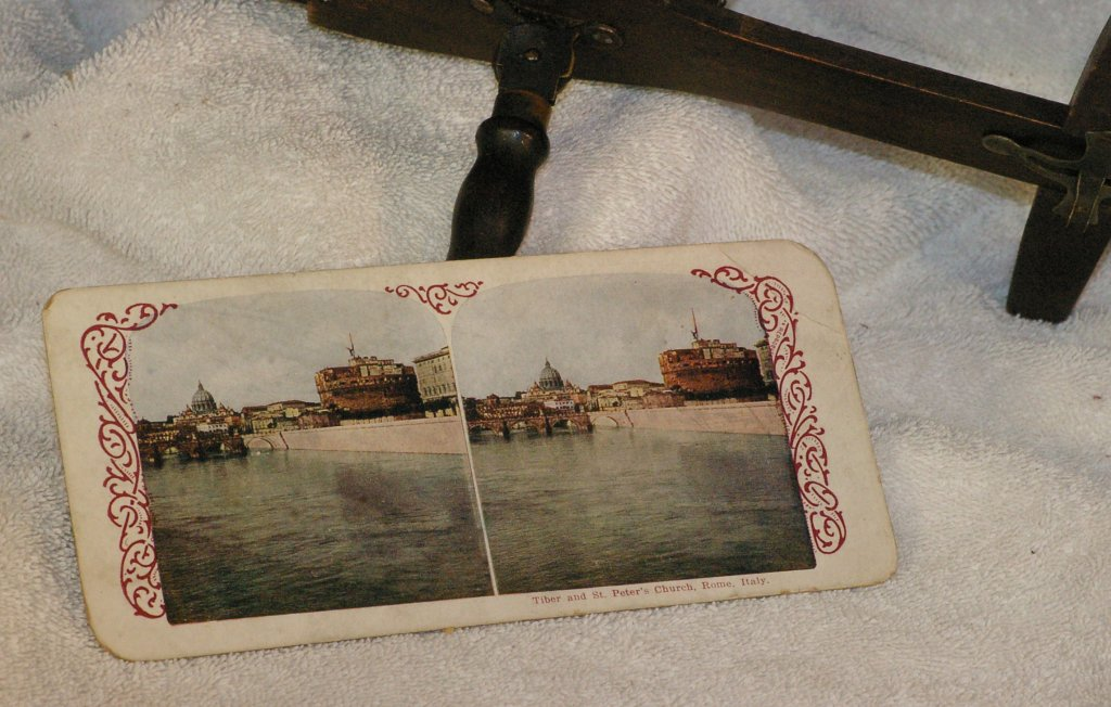 Keystone Stereoscope with Stereo View card, about 1920