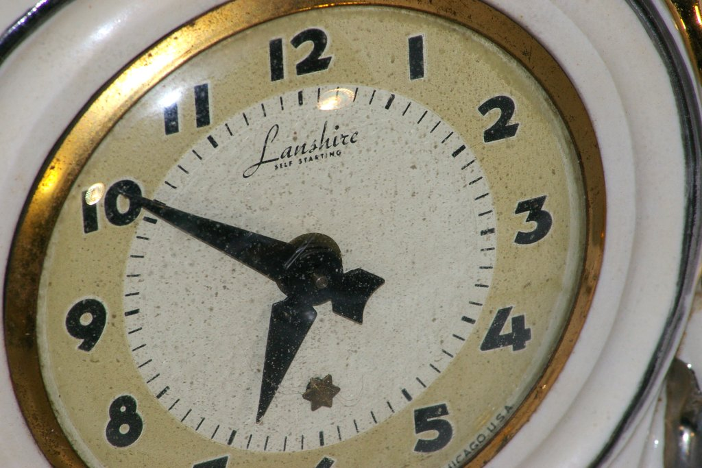 Singing Cowboy Lanshire Electric Clock From 1950s
