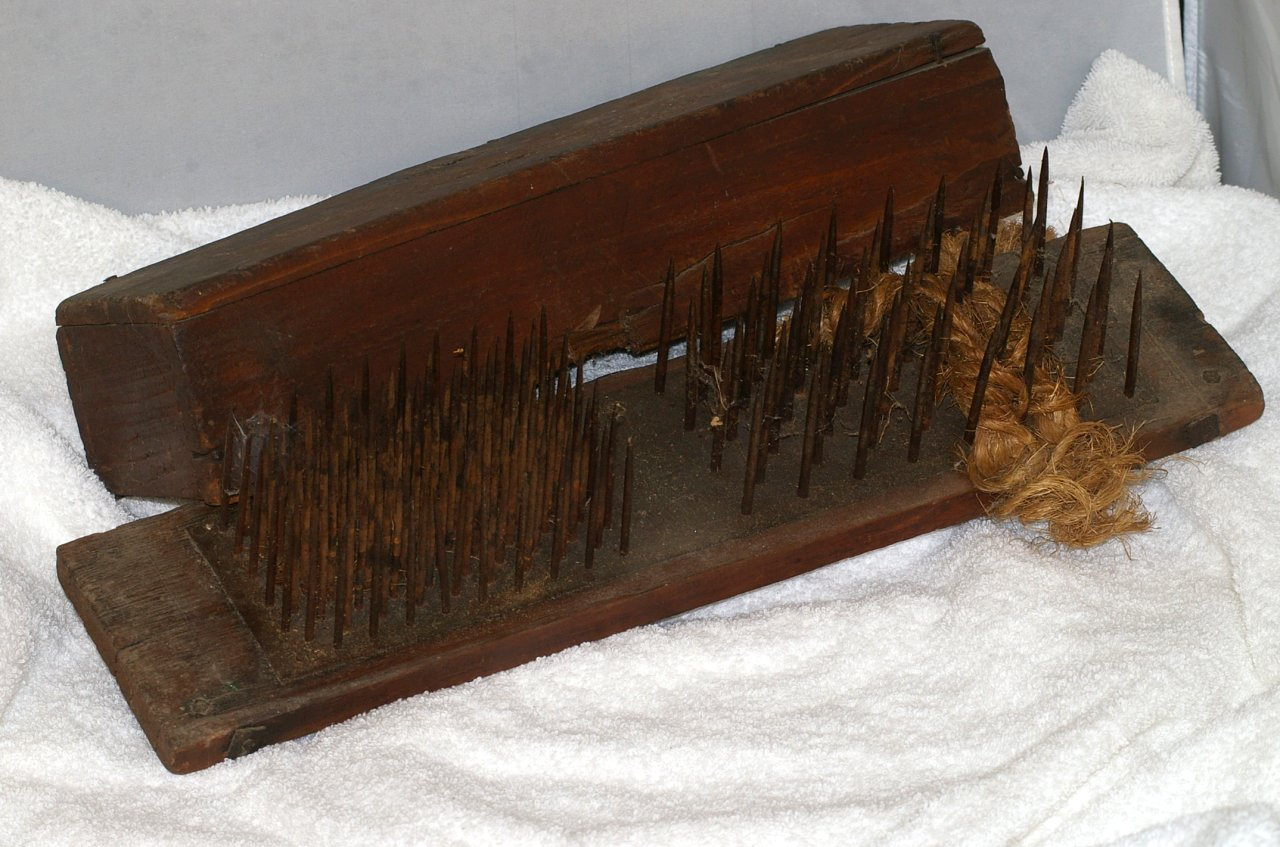 Primitive Flax Hatchel or Heckling Comb from late 1700s
