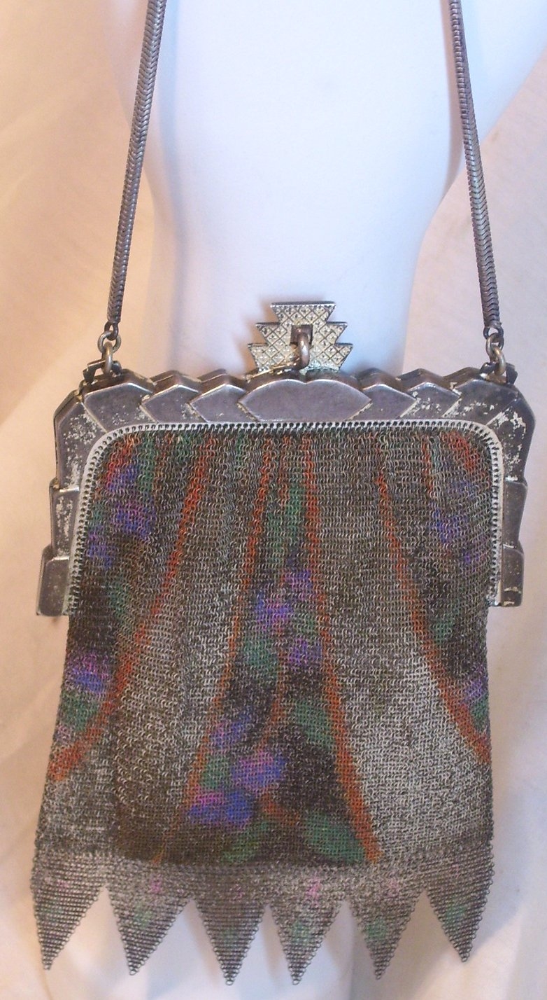 Whiting and Davis Chain Mesh Purse from the 1920s