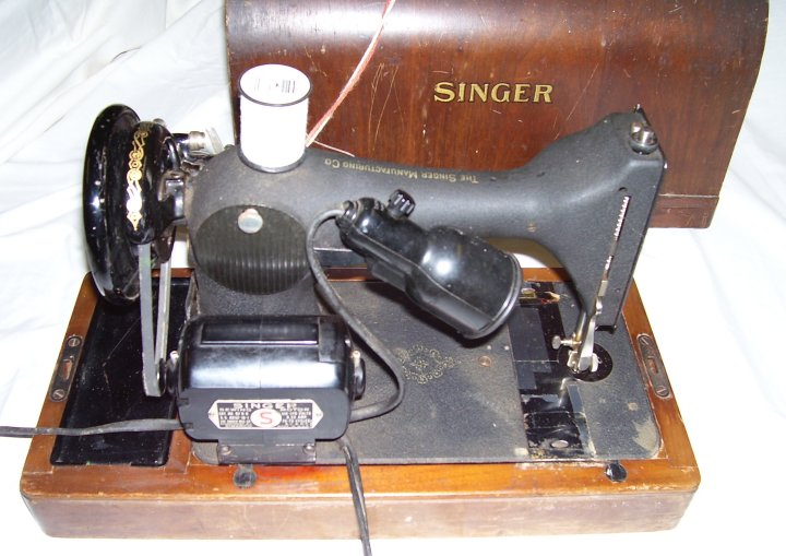 Singer Model 128 Centennial Edition Sewing Machine, 1951