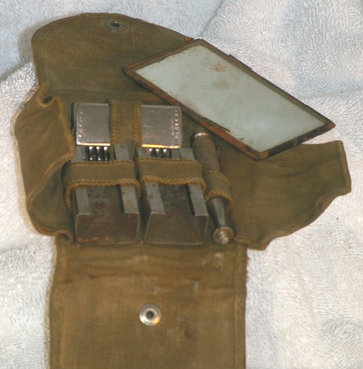 GEM WWI Service Set with 1914 Razor