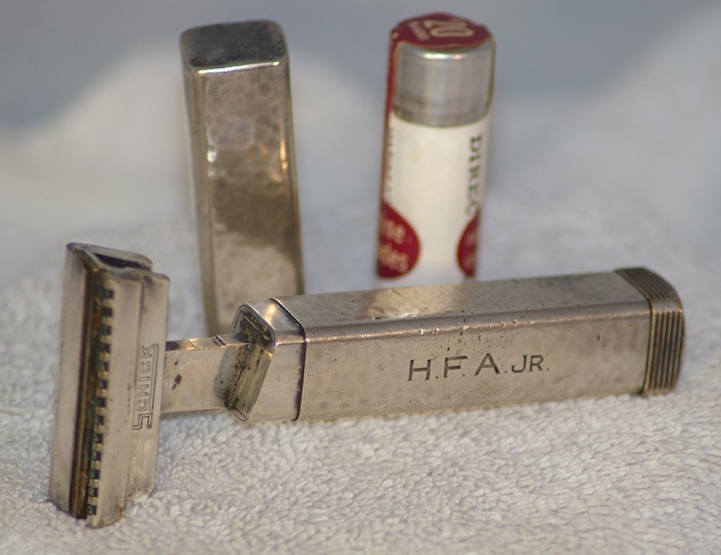 Schick Type B3, Sterling Silver Repeating Razor from 1927