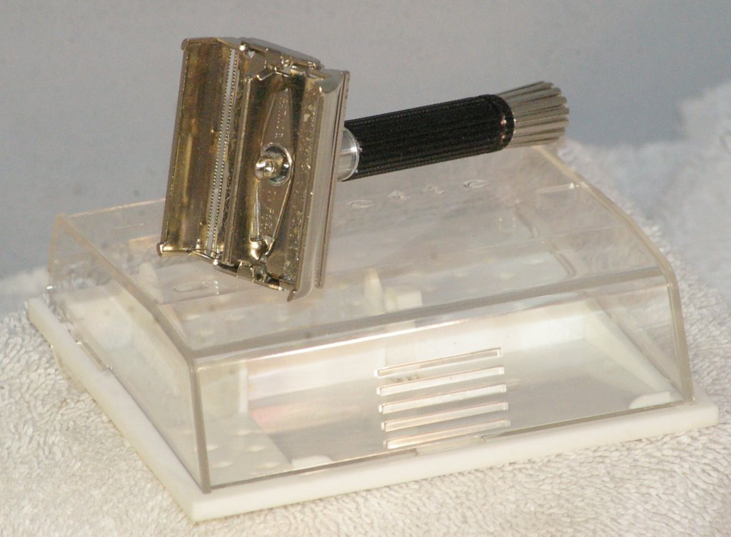 Gillette Black Handle Super Speed Safety Razor from 1967