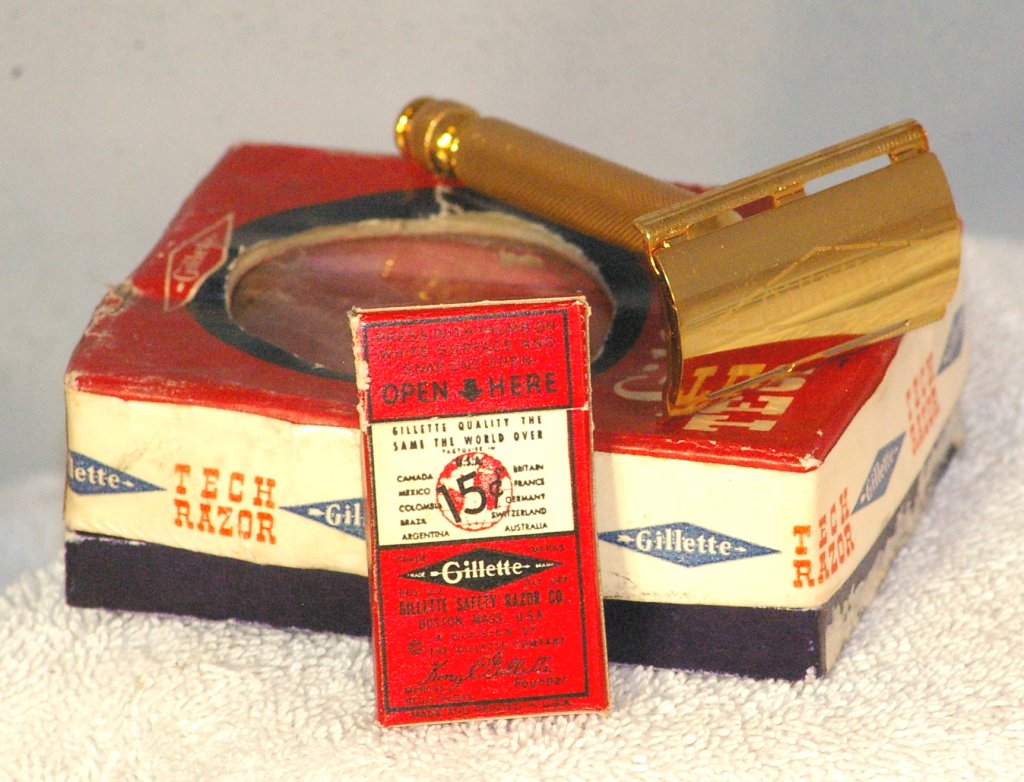 Gillette Tech Safety Razor in Box from 1941