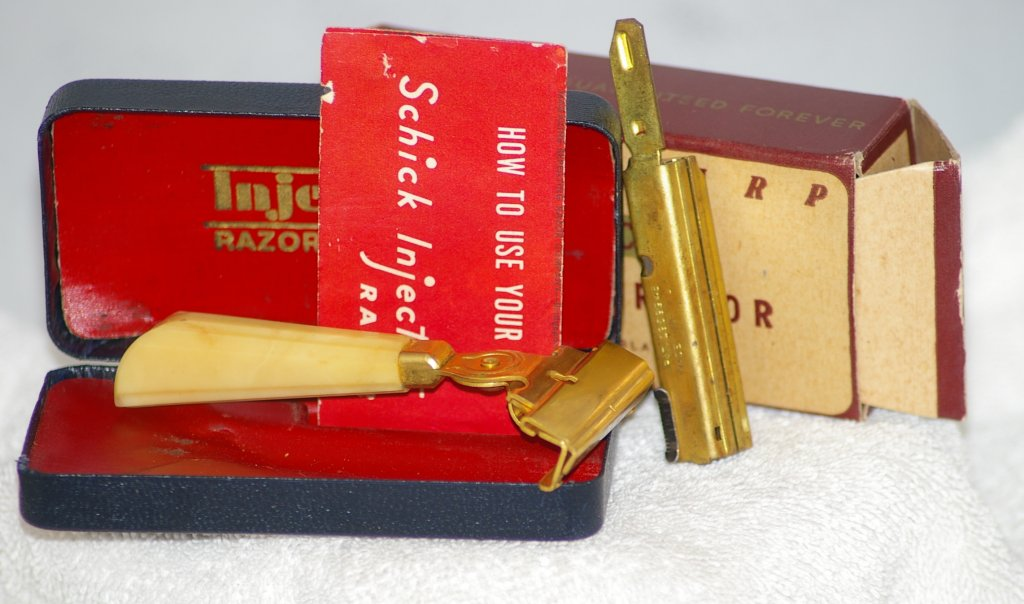 Schick Injector Razor, Type G1 in Case from 1946