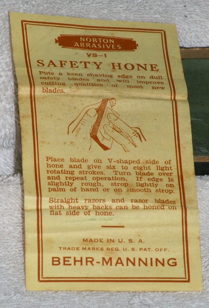 Norton Abrasives VS-1 Safety Blade Hone, about 1935 - Click Image to Close