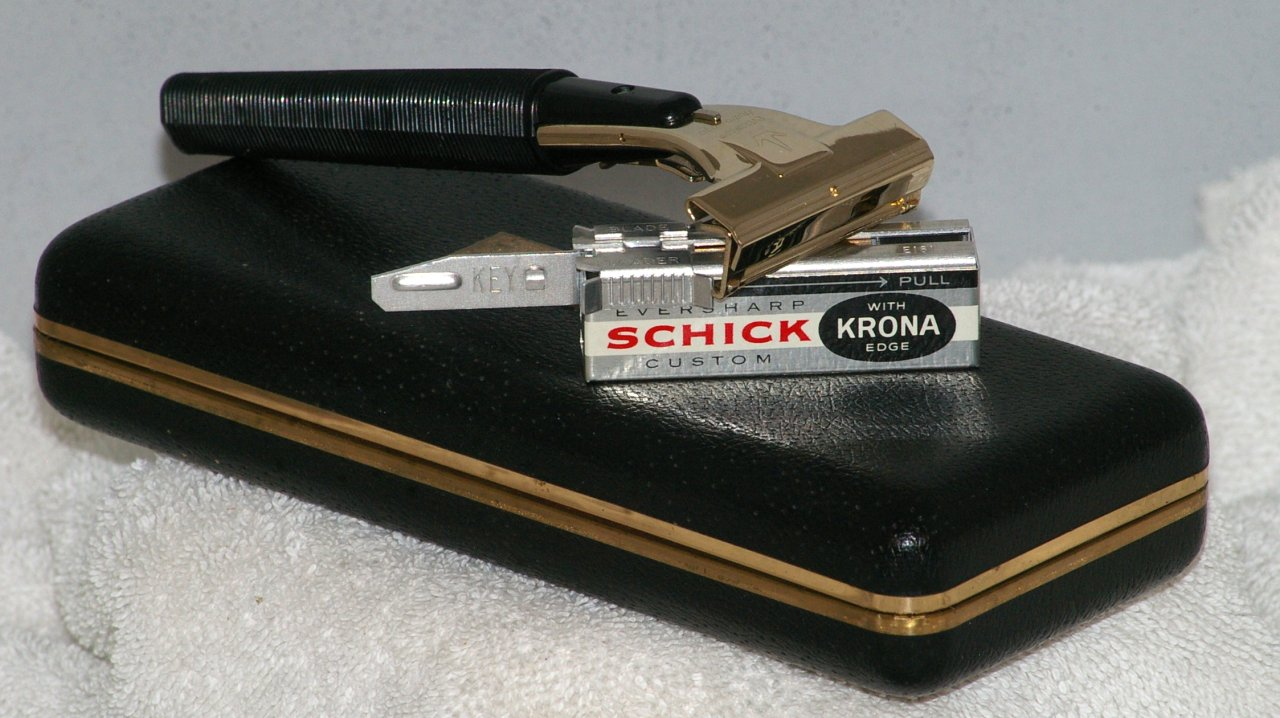 Schick Hydro Magic 500 Injector Razor Type J4, 1964