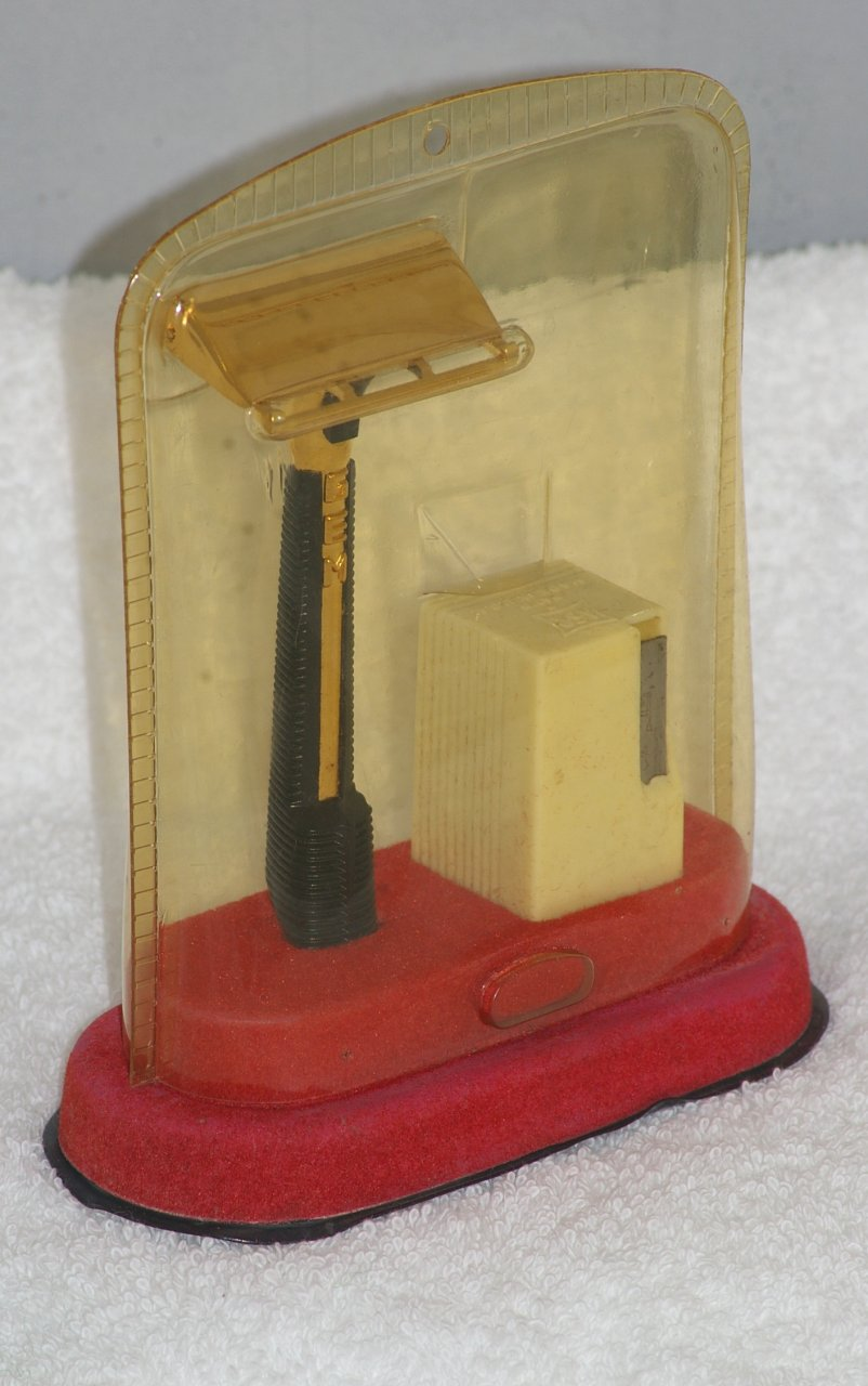 GEM Pushbutton Single Edge Razor in Introduction Case from 1959