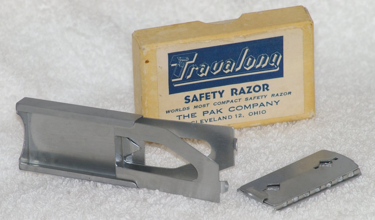 Travalong Safety Razor Compact Travel Razor from 1944