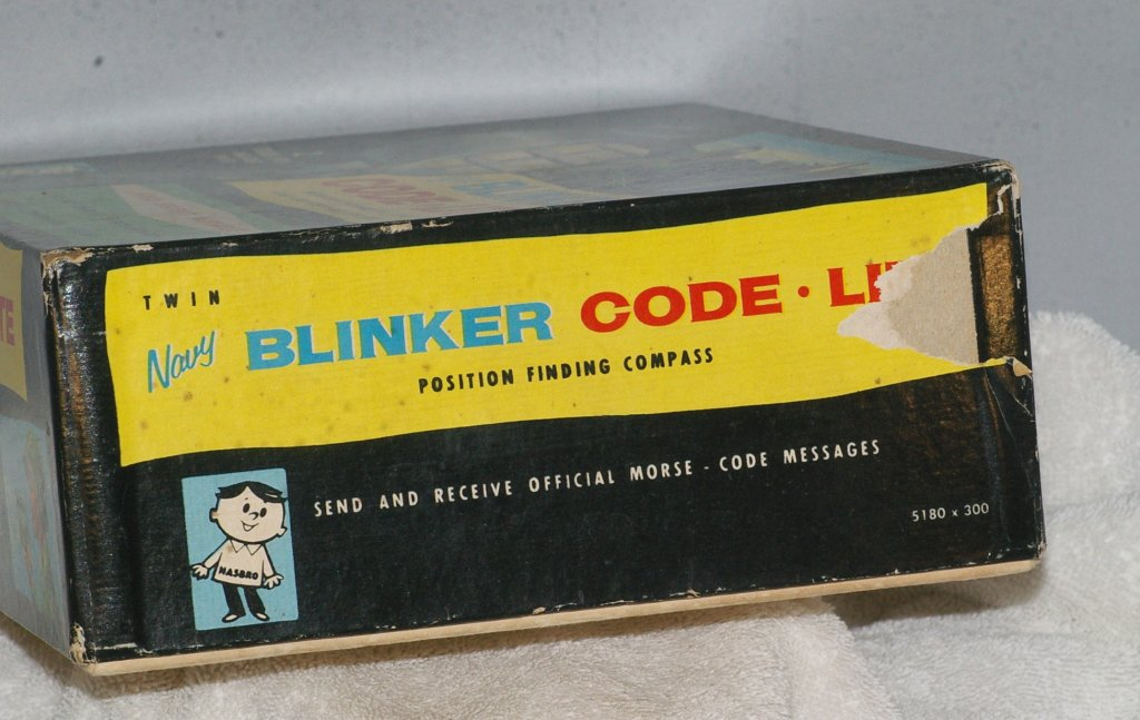 Hasbro Navy Blinker Code-Lite Model 5180 Toy from 1960 - Click Image to Close