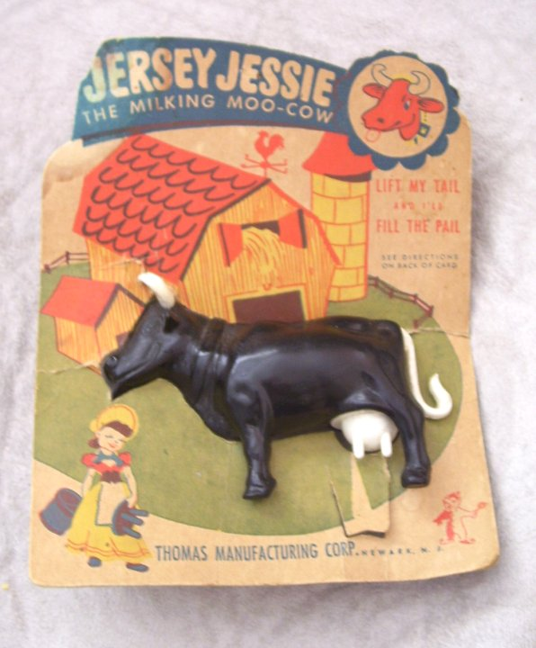 Jersey Jessie Milk Cow Toy from Thomas Manf from late 1940s