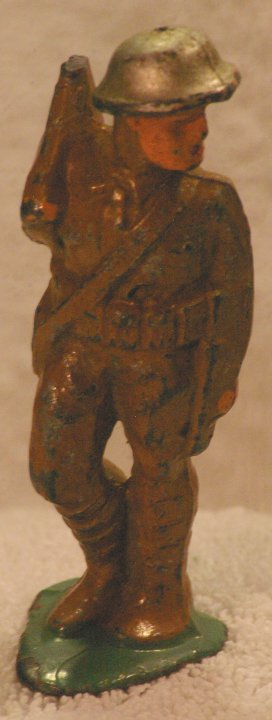 Lead Soldier - Manoil, Soldier on Guard Duty, M122 93, 1940s