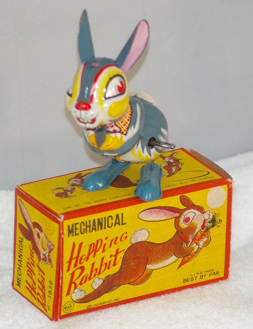 Linemar Windup Hopping Rabbit J-1836 from 1950s