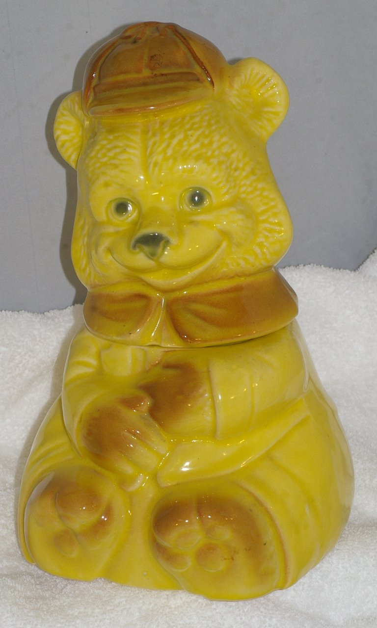 Brush Smiling Bear Cookie Jar from 1969